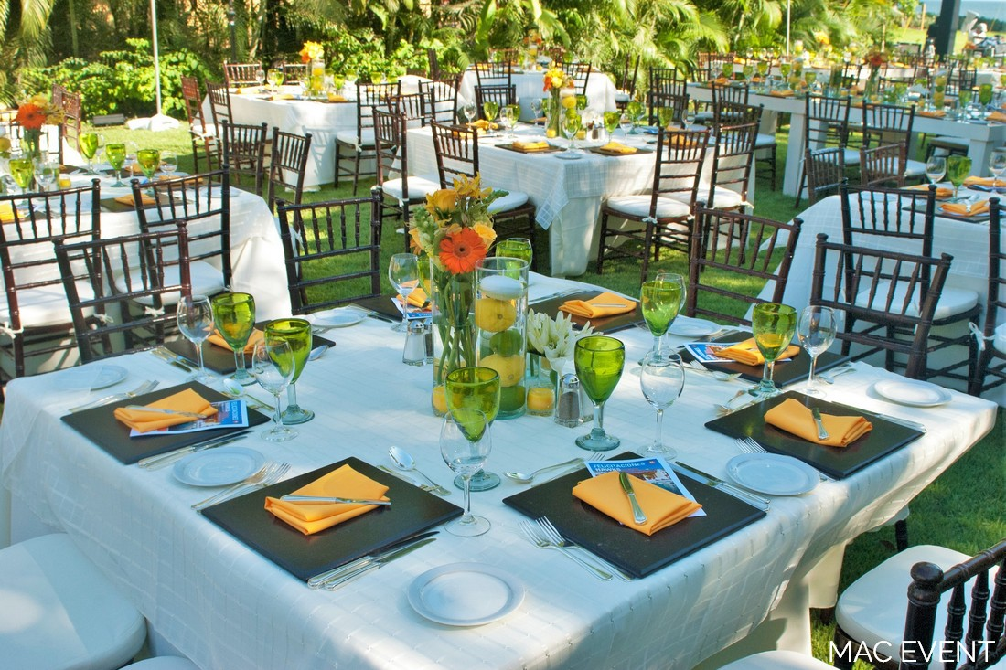 Square Table Rentals - Puerto Vallarta Wed